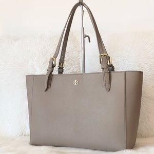 ✨Tory Burch Taupe Leather Tote